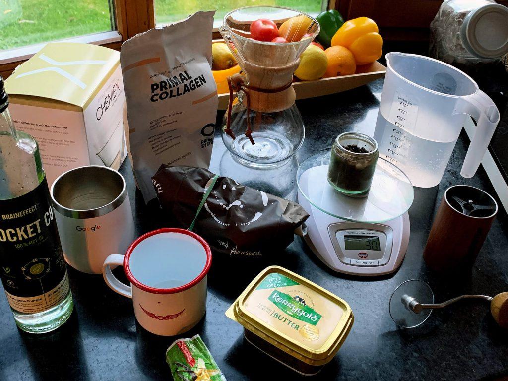 Bulletproof Coffee mischen und zubereiten